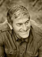 Author Jeff Olsen